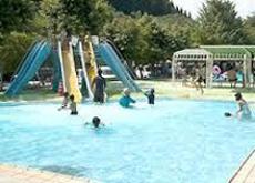 関之尾の緑の村プール拡大1.jpg